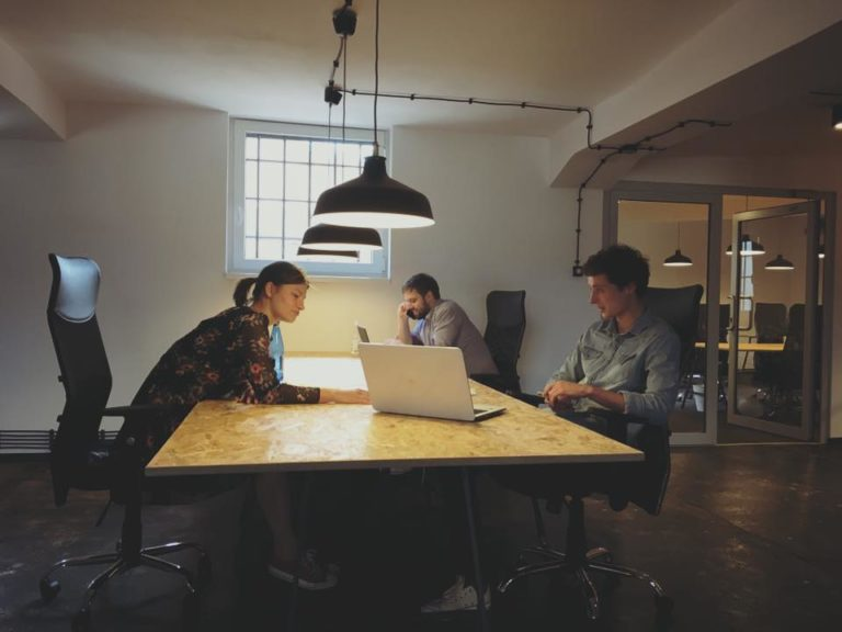 Coworking kontorsmöbler